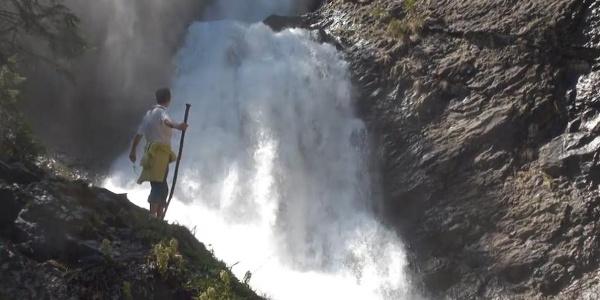 Valul Miresei Wasserfall