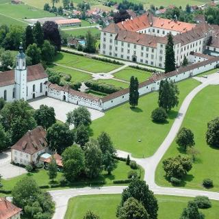 Das Schloss Zeil stammt aus dem 17. Jahrhundert.