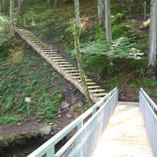 Brücke bei der Steiganlage