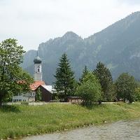 Die Oberammergauer Kirche.