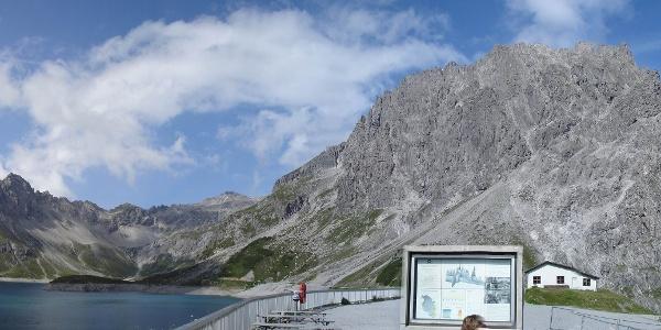 Kanzelköpfe - Gamsluggen - Totalpköpfe; rechts der Seekopf