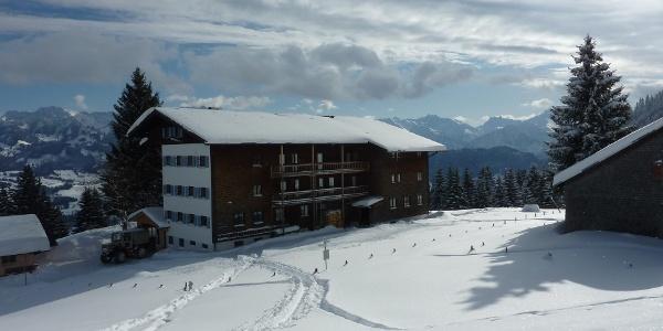 Kahlrücken-Alpe (1200 m) im Winter