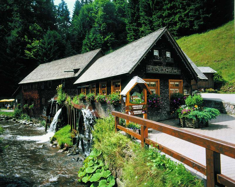 Ferienland Schwarzwald - Rundtour über Balzer Hergott und Hexenlochmühle