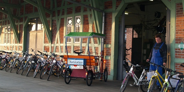 Radstation am Haller Bahnhof