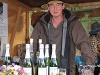 Hans-Jörg Wilhelm aus Unterregenbach mit seinem Angebot an Hohenloher Schaumweinen   - © Quelle: Hohenlohe + Schwäbisch Hall Tourismus e.V.