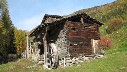 Historische Mühle bei Terenten.