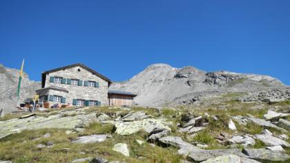 Das Friesenberghaus vom Zustiegsweg
