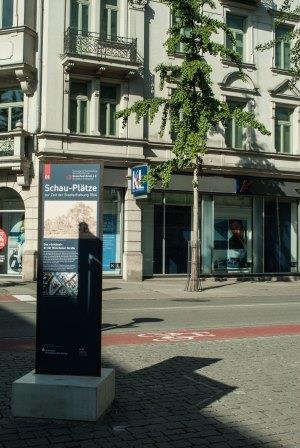 """Infotafel 1 - Das """"Schlössl"""" an der Münchener Straße"""