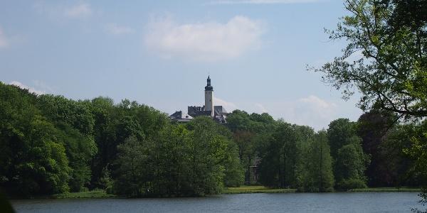 Blick vom Greizer Park auf das Obere Schloss Greiz