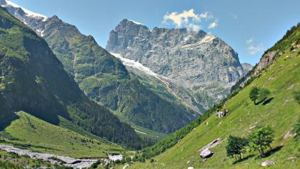 The scenery on the way to Surenenpass is definitely Alpine in Nature