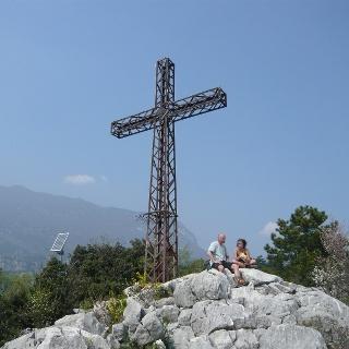 Am Gipfel des Colodri über Arco.