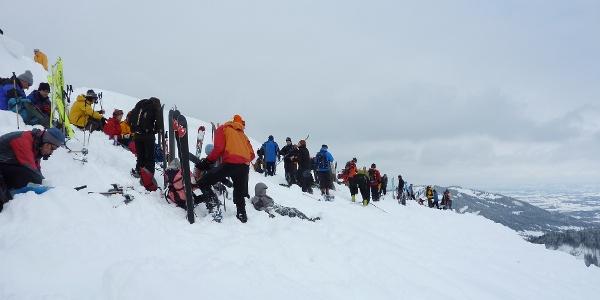 Skitourengeher Andrang am Rangiswanger Horn