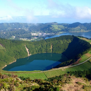 Miradouro 790m mit Lagoa de Santiago