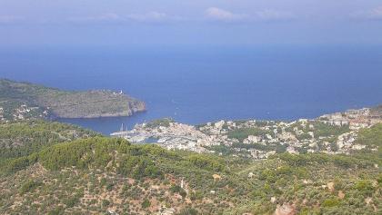 Aussicht auf Port de Sóller vom Mirador de ses Barques.