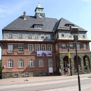 Das Rathaus in Meinersdorf.