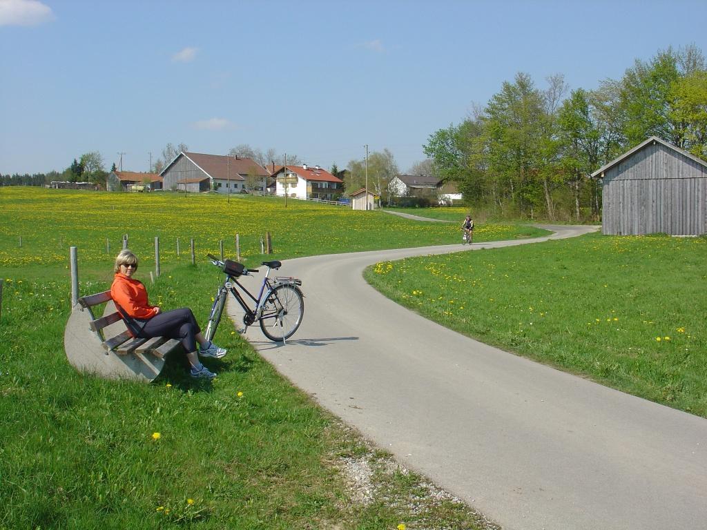 Kegelstichweg südlich von Krottenhill (Gemeinde Ingenried)