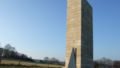 Die 12 m hohe Bruder Klaus Kapelle.