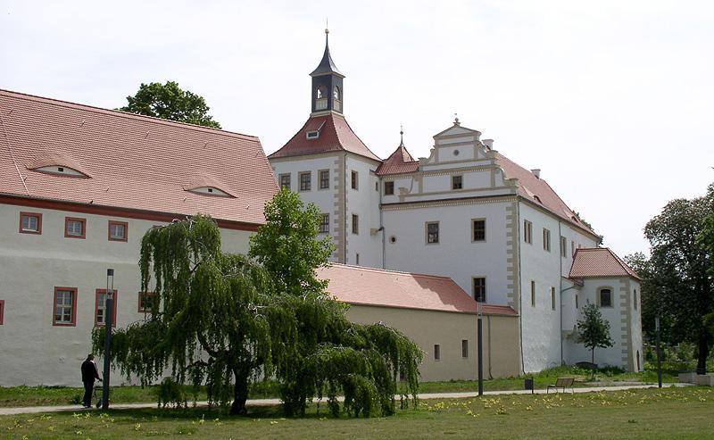 Das Schloss Finsterwalde ist einen Besuch wert.
