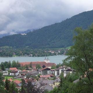 Blick vom Lieberhof zum Tegernsee.