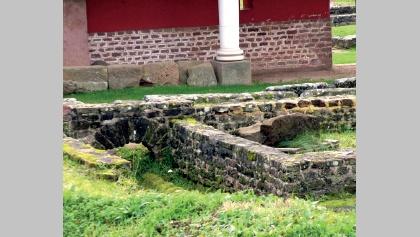 Mauerreste im Römermuseum Schwarzenacker.