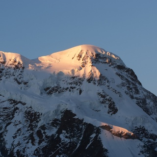 Das Breithorn 4'164 m bietet sich geradezu an, um zum ersten Mal 4000er - Luft zu schnuppern