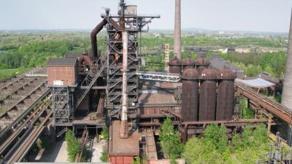 Landschaftspark Duisburg-Nord - Hochofenanlage 2 vom Hochofen 5 aus gesehen.