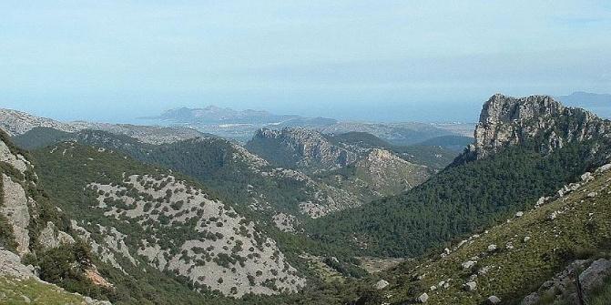 Aussicht vom Hauptgipfel des Massanella-Massivs.