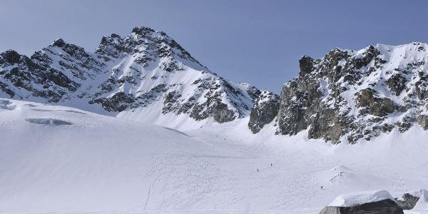 Jamtalferner, Blick auf Obere Ochsenscharte und Dreiländerspitze