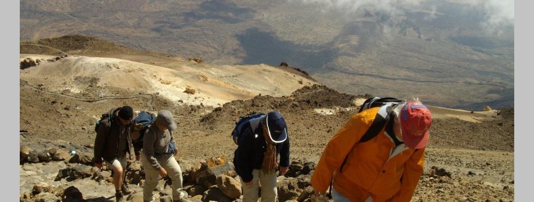 Der lange kräftezerende Aufstieg zum Teide