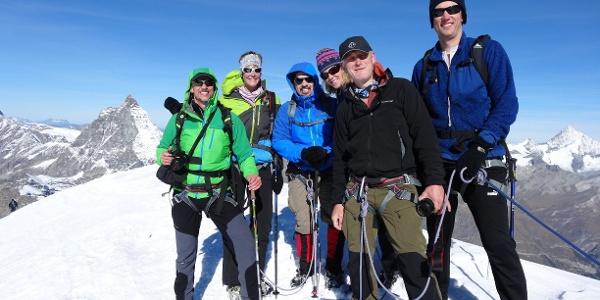 Bitte alle Lächeln fürs Gipfelfoto