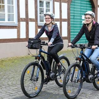 E-Mountainbikes in der Altstadt