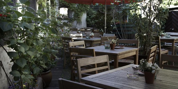 Weinhaus Merowinger Hof