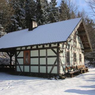 Winter am Geisaer Waldhäuschen