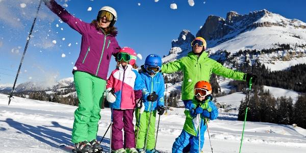 Skifahren mit der ganzen Familie in Carezza