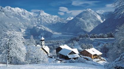 Blick auf den Ferienort Bürserberg