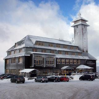 das Fichtelberghaus
