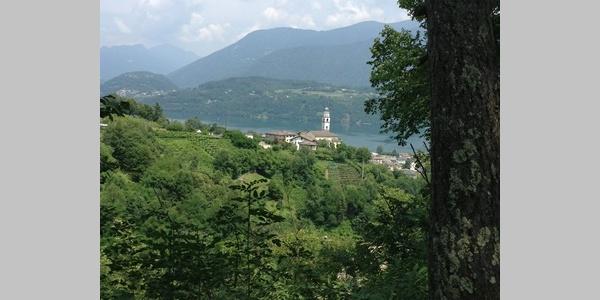 Chiesetta e Calceranica al lago