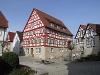 Das Ganerbenhaus in Vellberg sitzt direkt auf der steil, abfallenden, ringförmigen Stadtmauer.   - © Quelle: Antje Kunz