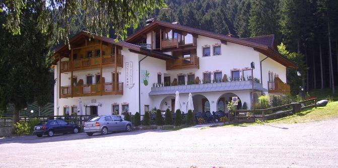 Hotel La Pineta Di Fiave