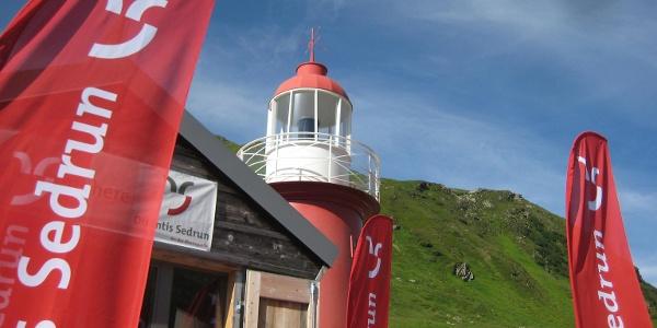 Oberalppass mit Infocenter und Leuchtturm