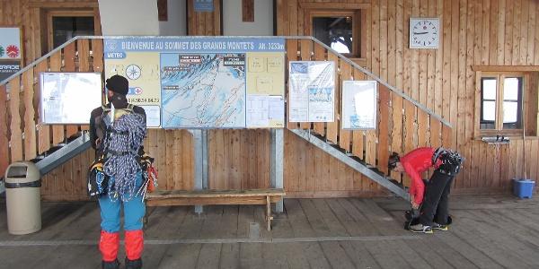 Gipfelstation der Gondelbahn auf der Grands Montets