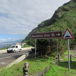 The starting point of the Zona recreativa Barranco de Ruiz