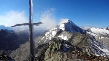 Blick vom Gipfel des Fenneregg zum Hochgall...