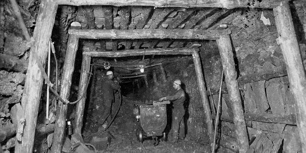 Bergbau Schacht