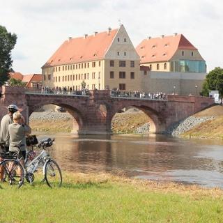Radfahrer an der Mulde bei Grimma