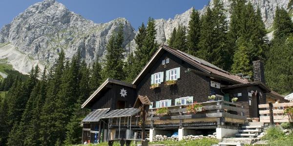Die Tannheimer Hütte
