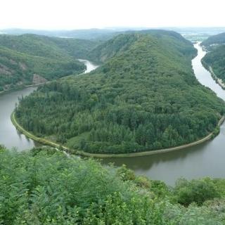 Saarschleife von der Aussicht Cloef in Mettlach Orscholz