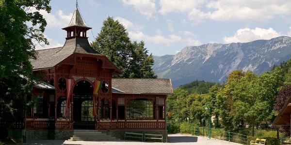 Pavillon beim Gemeindeamt in Payerbach