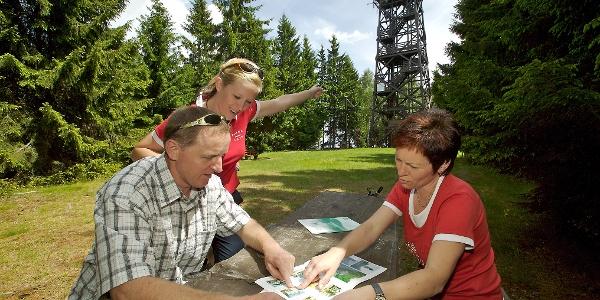 Hutwisch-Warte in Hochneukirchen   Bucklige Welt