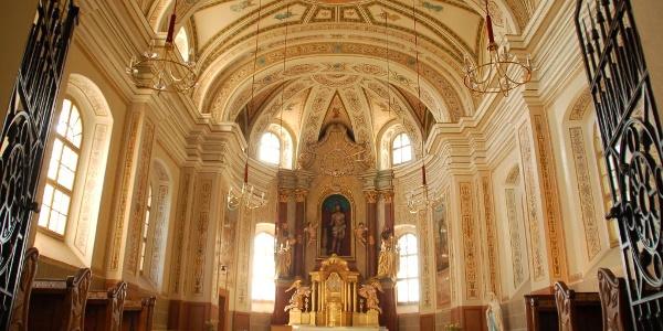 Der Innenraum der Kirche Breitegg